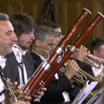 Orchestra stretta 6